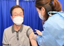 [경북교육청]임종식 경북교육감 AZ 백신 접종 후 정상 업무 수행